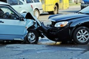 Milwaukee personal injury lawyers, Uber driver car accident, Uber driver car liability, Uber lawsuit, liability insurance policy