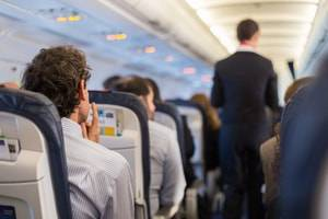 Milwaukee criminal defense lawyers, airline lawsuit, airline passenger, airline regulations, tarmac delays