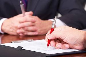Milwaukee business contract lawyer