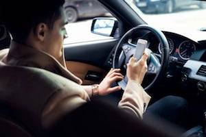 Textalyzer, Milwaukee criminal defense attorneys, constitutional rights, DUI, distracted drivers
